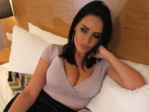 Watch those natural tits in our movie Emma Green Nude